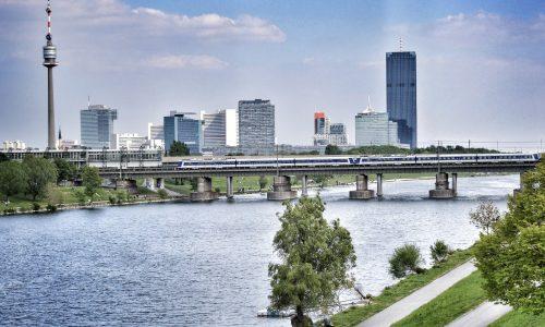 23 Bezirke Führungen - Donaustadt 22. Bezirk Grätzl Tour Wien 4